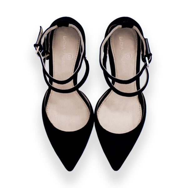 black pointed toes heels for men and women