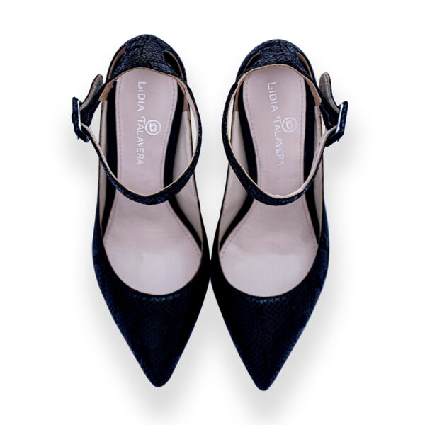 black pointy toes high heels for men and women