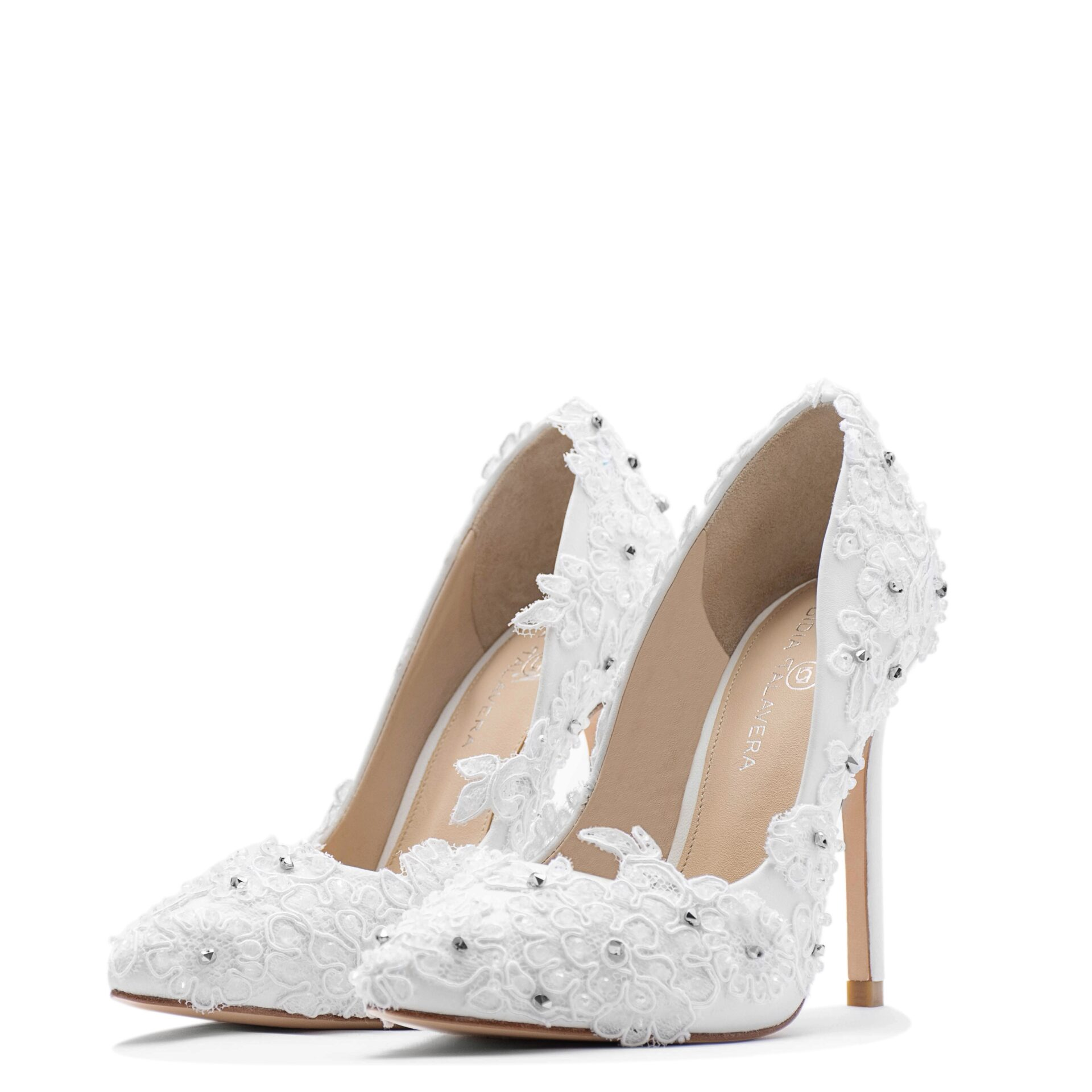 White Bride pointed toe pump with crystals