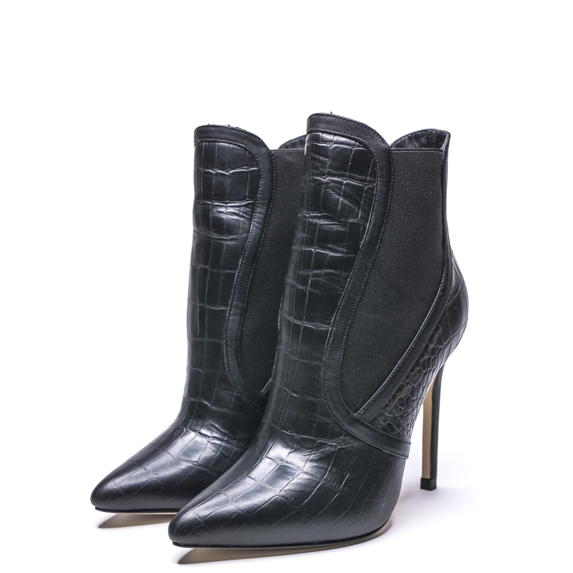pointed-toe black boots